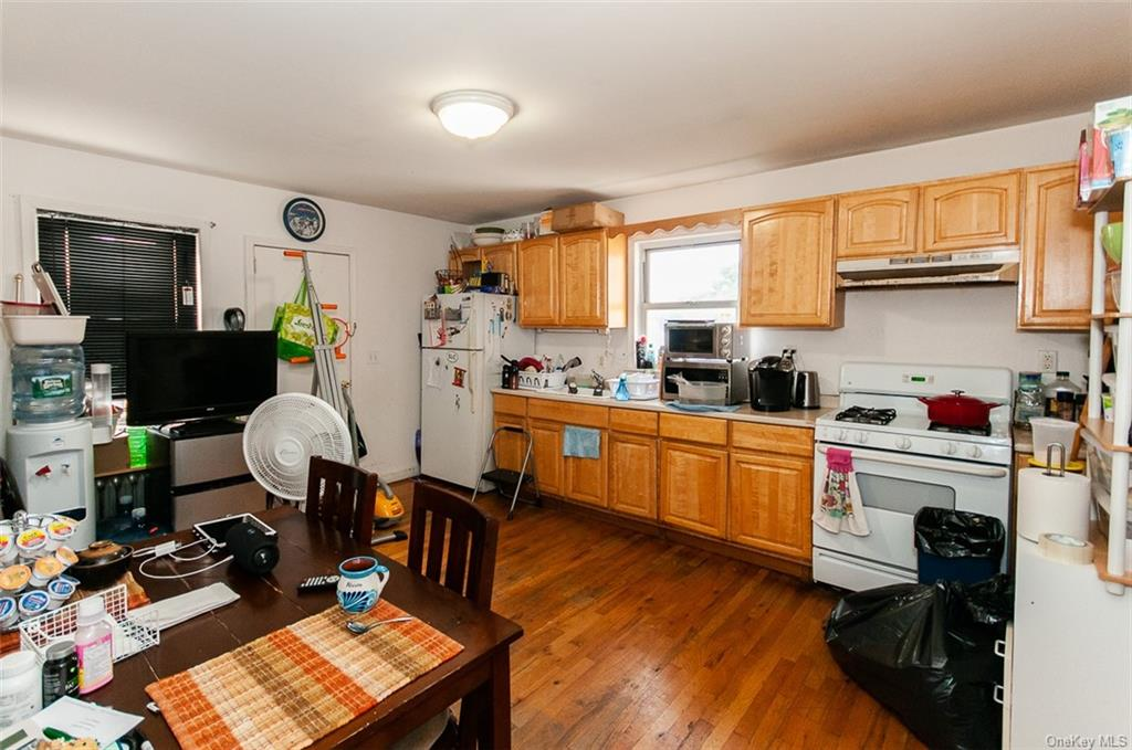 5 Family Building Warburton Avenue  Westchester, NY 10701, MLS-H6140294-12