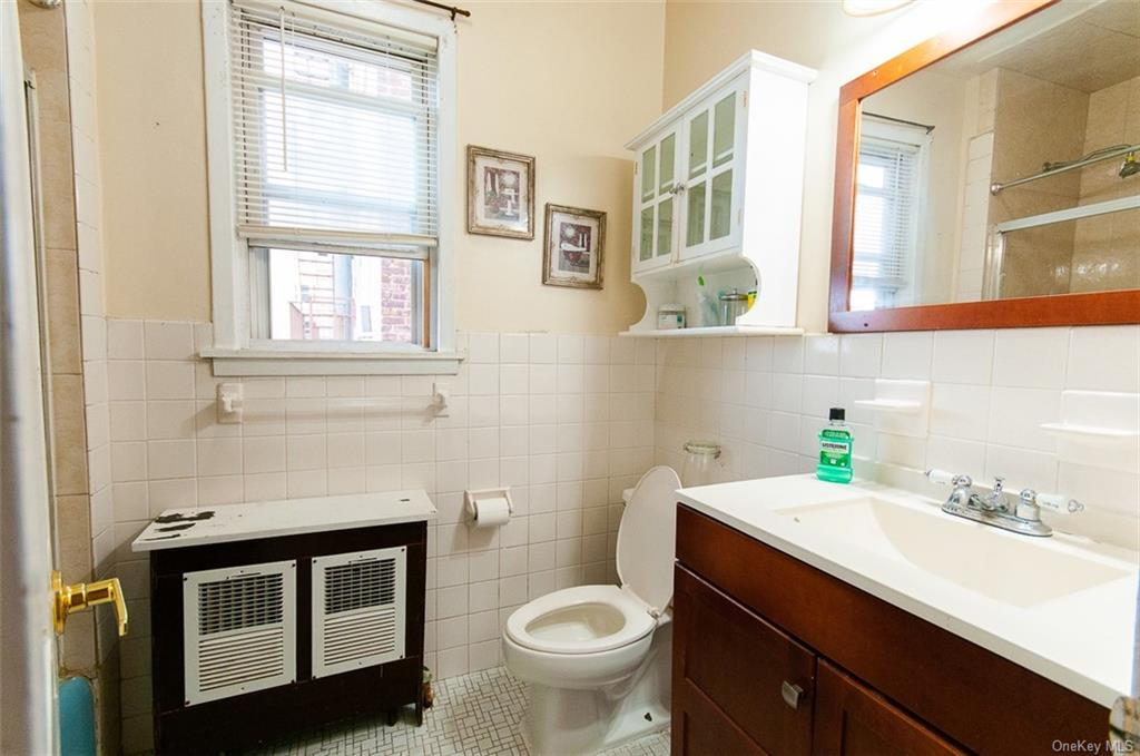 5 Family Building Warburton Avenue  Westchester, NY 10701, MLS-H6140294-7