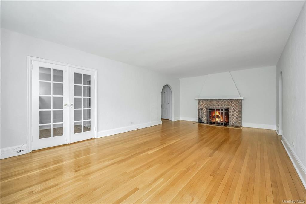 270 Bronxville Road Yonkers Yonkers NY 10708