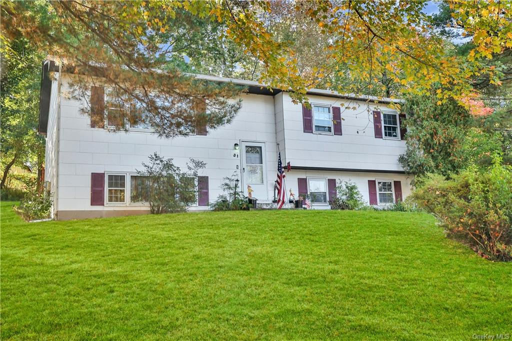 31 Pennsylvania Avenue, Valley Cottage, NY 10989