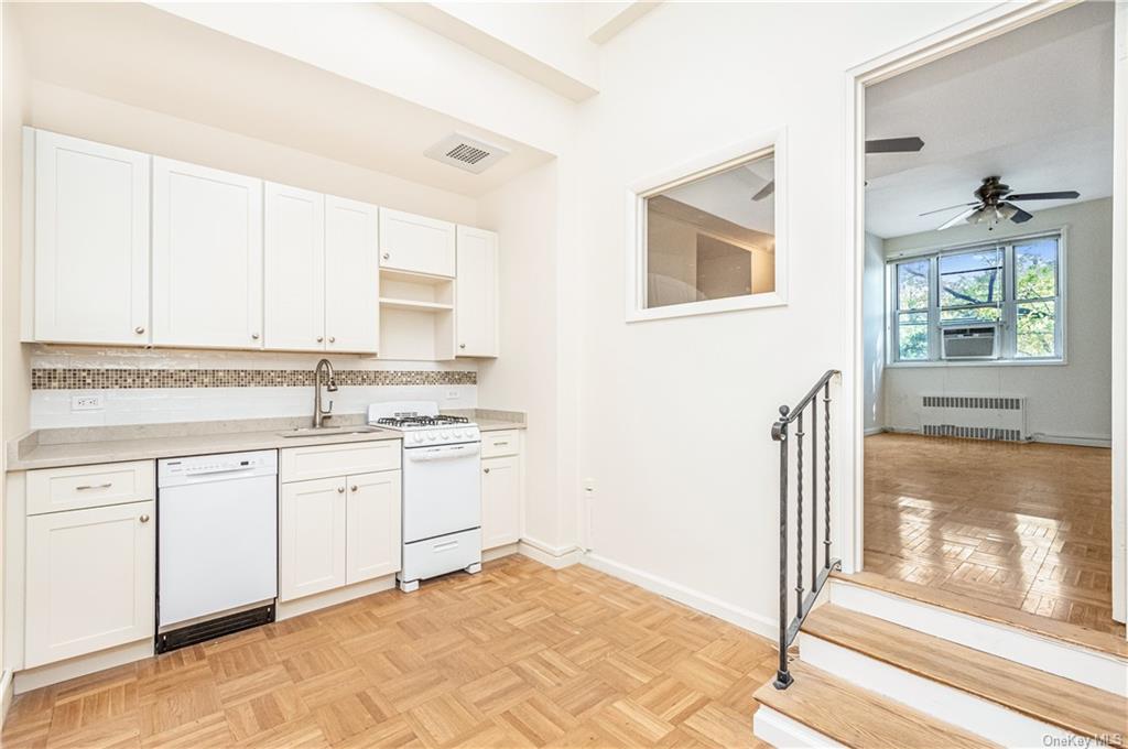 5601 Riverdale Avenue 1B, BRONX, NY 10471