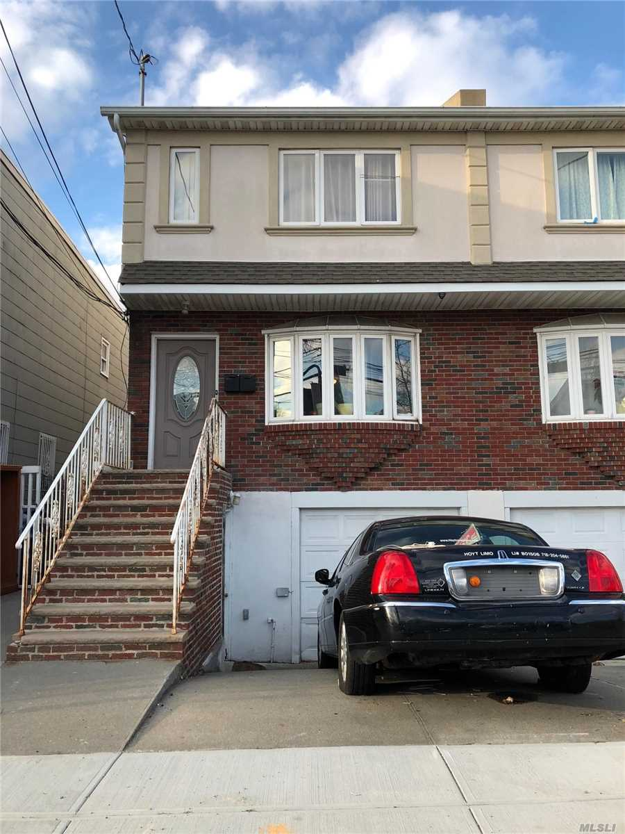 Property for sale at 109-05 95th Ave, Richmond Hill,  New York 11419
