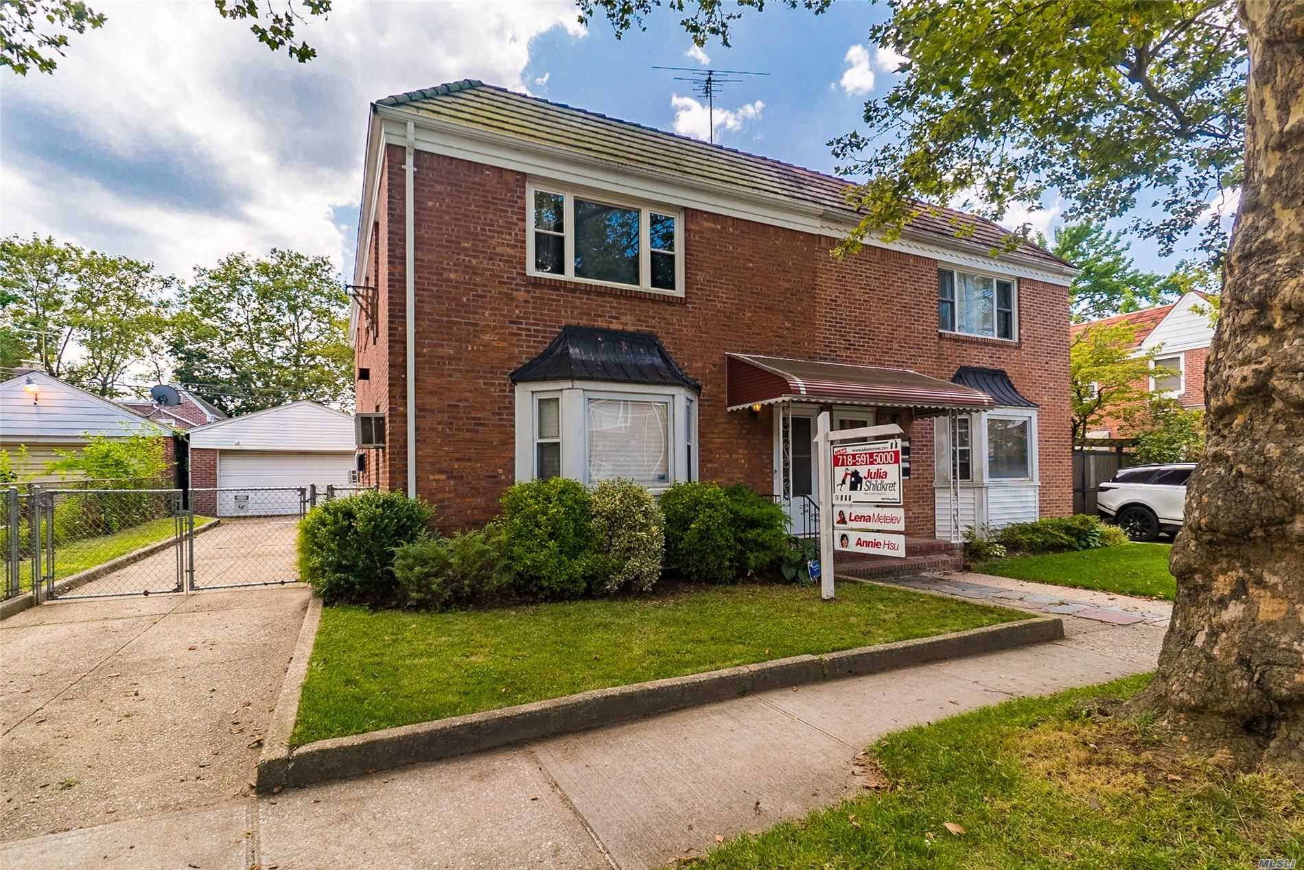 Property for sale at 75-38 198th Street, Fresh Meadows NY 11366, Fresh Meadows,  New York 11366