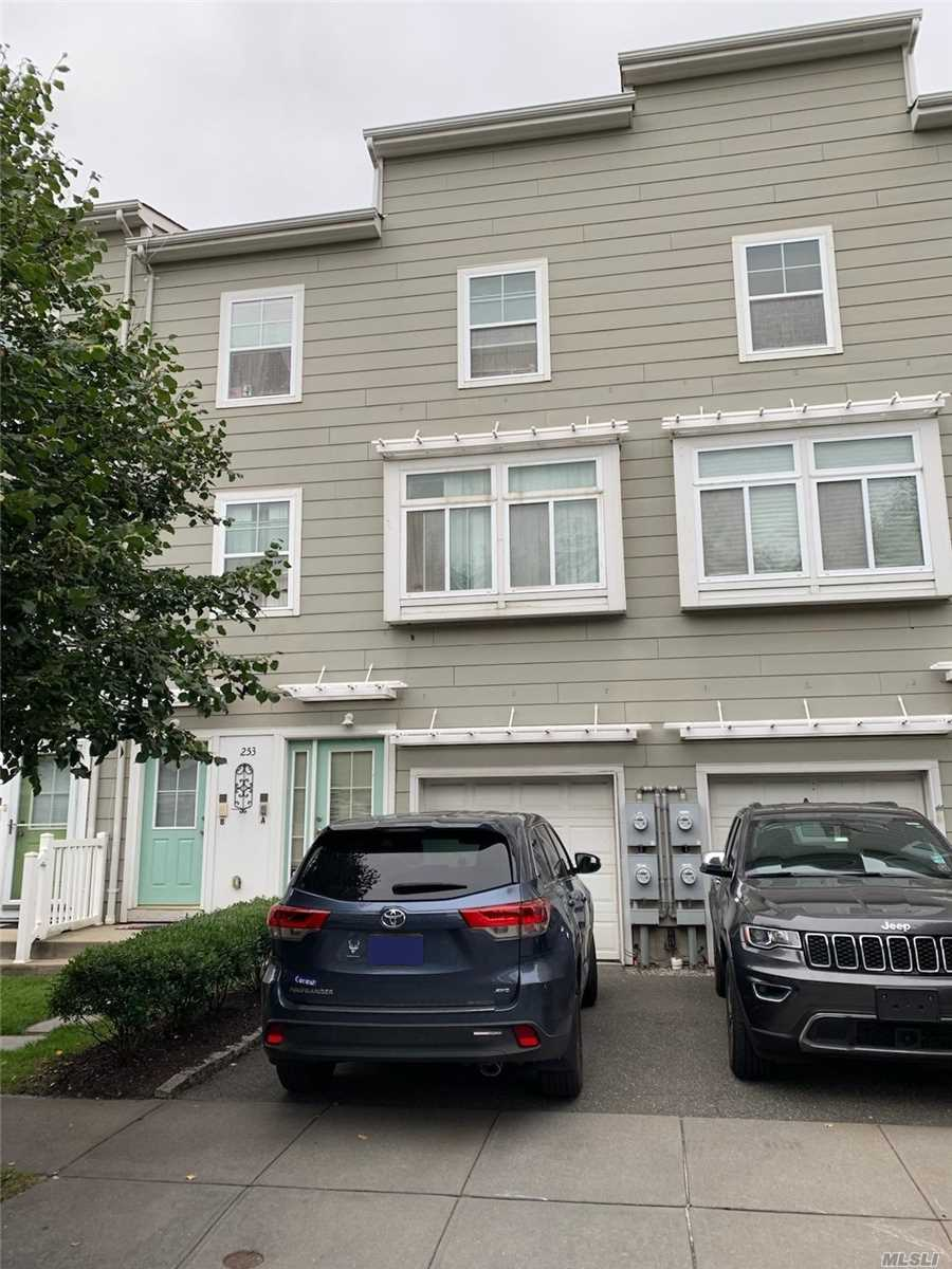 Property for sale at 253 Beach Breeze Ln, Arverne,  New York 11692