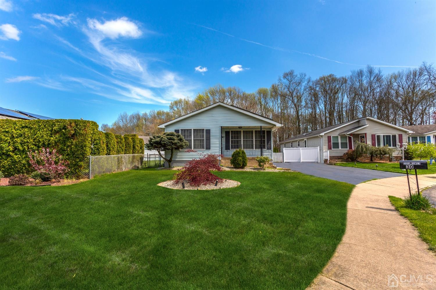 Property for sale at 30 BROOKVIEW Lane, Manalapan,  New Jersey 07726