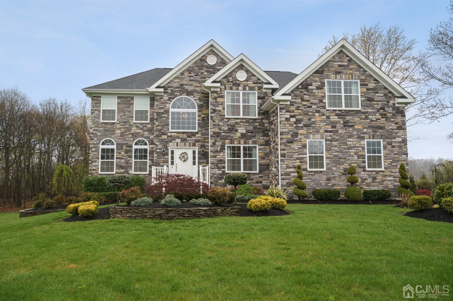 Property for sale at 6 JOCKEY HOLLOW Court, Old Bridge,  New Jersey 08857