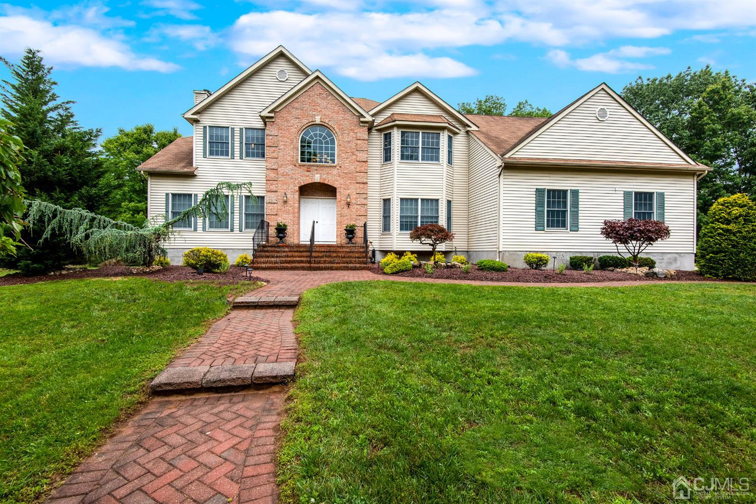 Property for sale at 7 Bailey Court, Manalapan,  New Jersey 07726