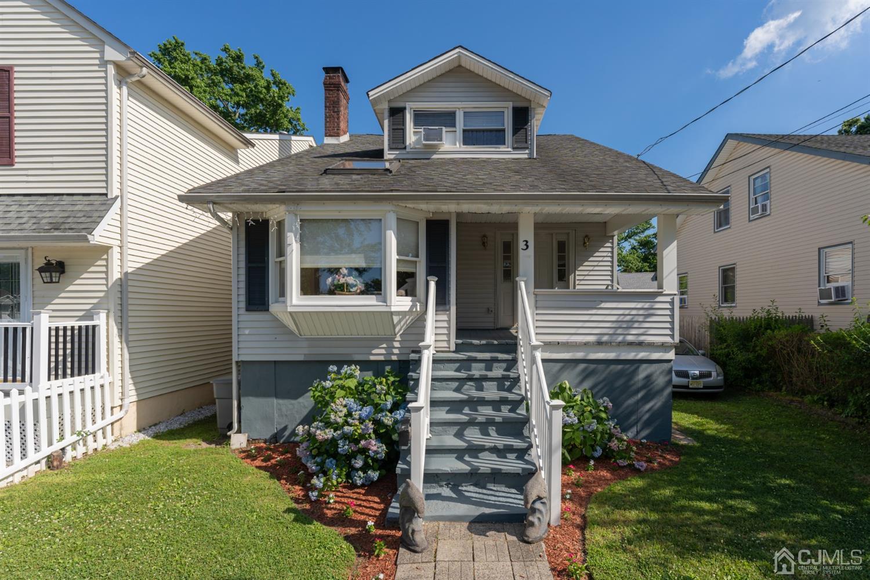 Single Family Homes pour l Vente à Keansburg, New Jersey 07734 États-Unis