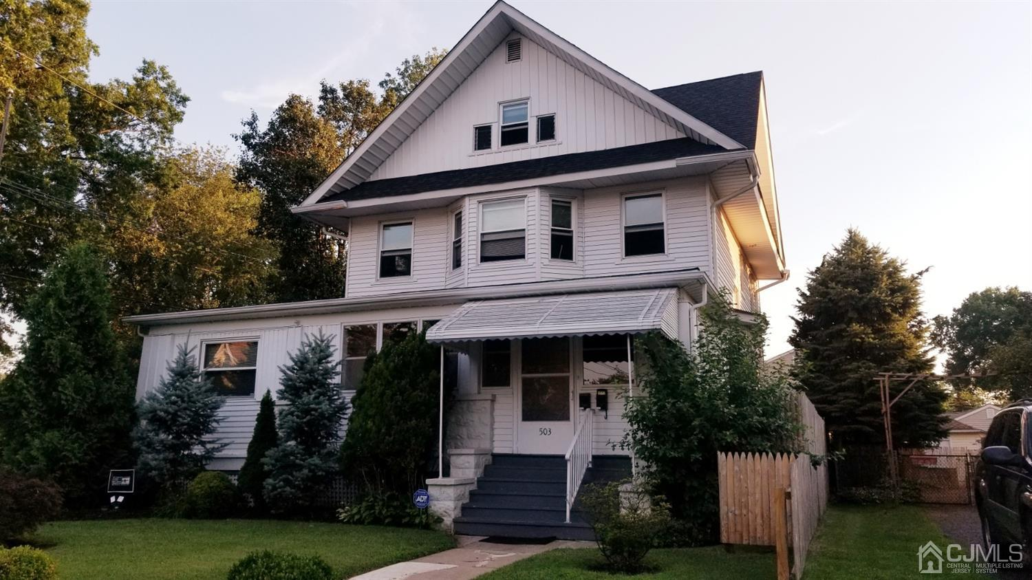 Residential Income للـ Sale في Dunellen, New Jersey 08812 United States