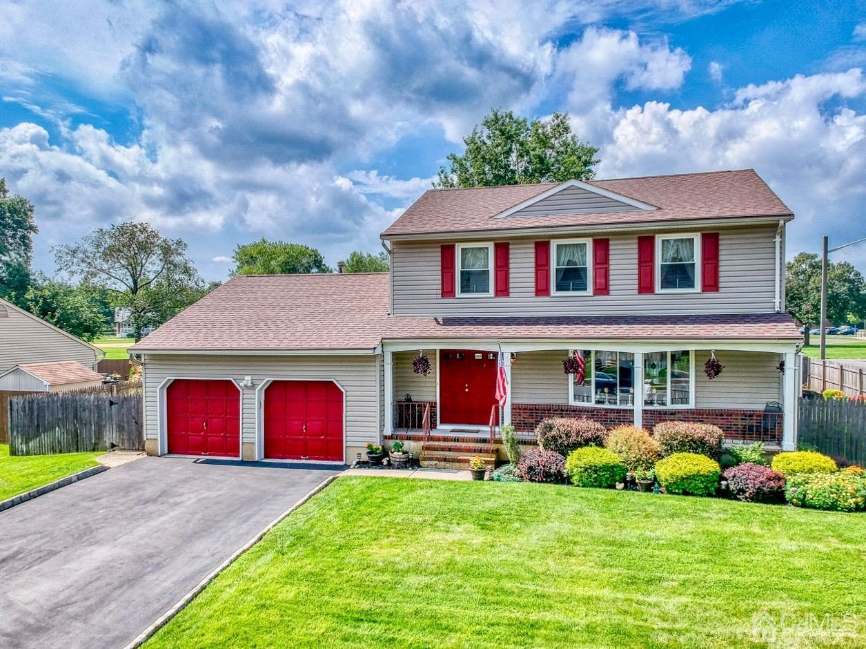 Commuters Dream*Great Location! Highly Desirable 4BR/2.5 Bath NNE Facing Colonial! Wonderful Home boasts Eik w/Sep Din. Area,Formal DR,Sunken FR w/Sliders to Patio,Formal LR w/Picture Window,HW Floors,2 Car Gar/Full Bsmnt,AC/Furnace=2014,Roof=2019* Great for Entertaining Inside & Out! Nicely Fenced Yard w/Great Landscaping,Sprinkler System,Storage Shed,Front Porch w/Double Entry Front Doors.   Don't Miss Out**Showings Begin 8/28/20**