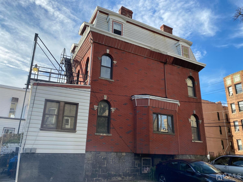 Bostadsområde Inkomst för Försäljning vid Jersey City, New Jersey 07304 Förenta staterna