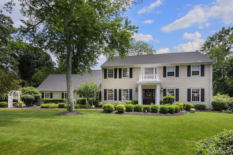 Single Family Homes por un Venta en Middletown, Nueva Jersey 07748 Estados Unidos