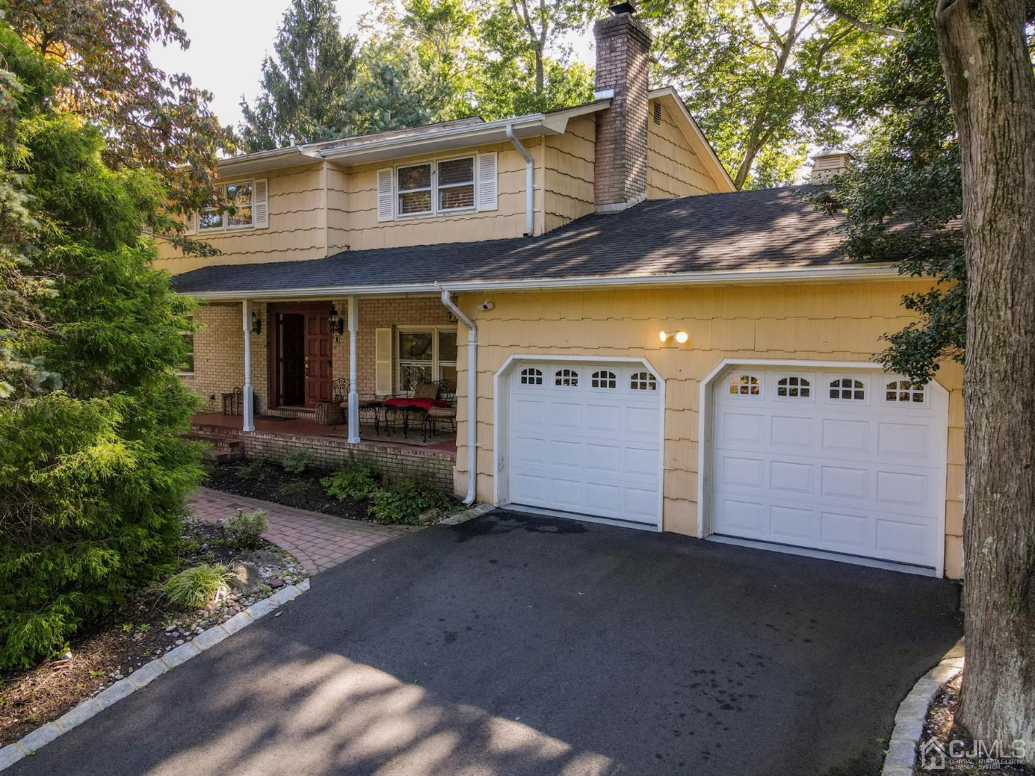 Property for sale at 25 Point Of Woods Drive, North Brunswick,  New Jersey 08902