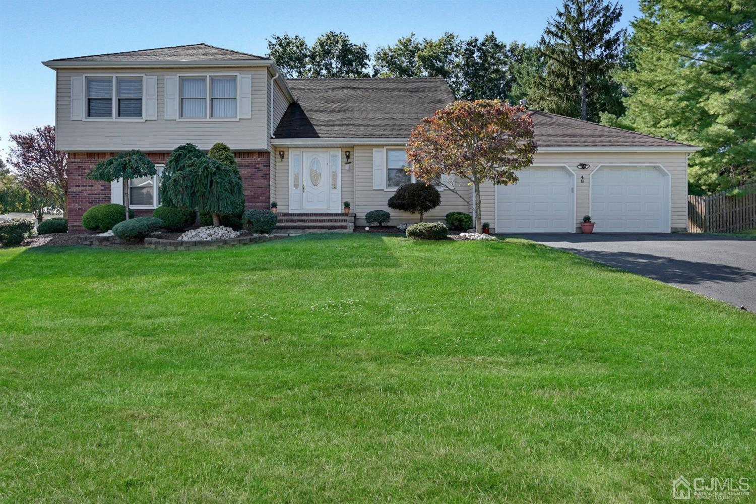 Property for sale at 48 Cannonade Drive, Marlboro,  New Jersey 07746