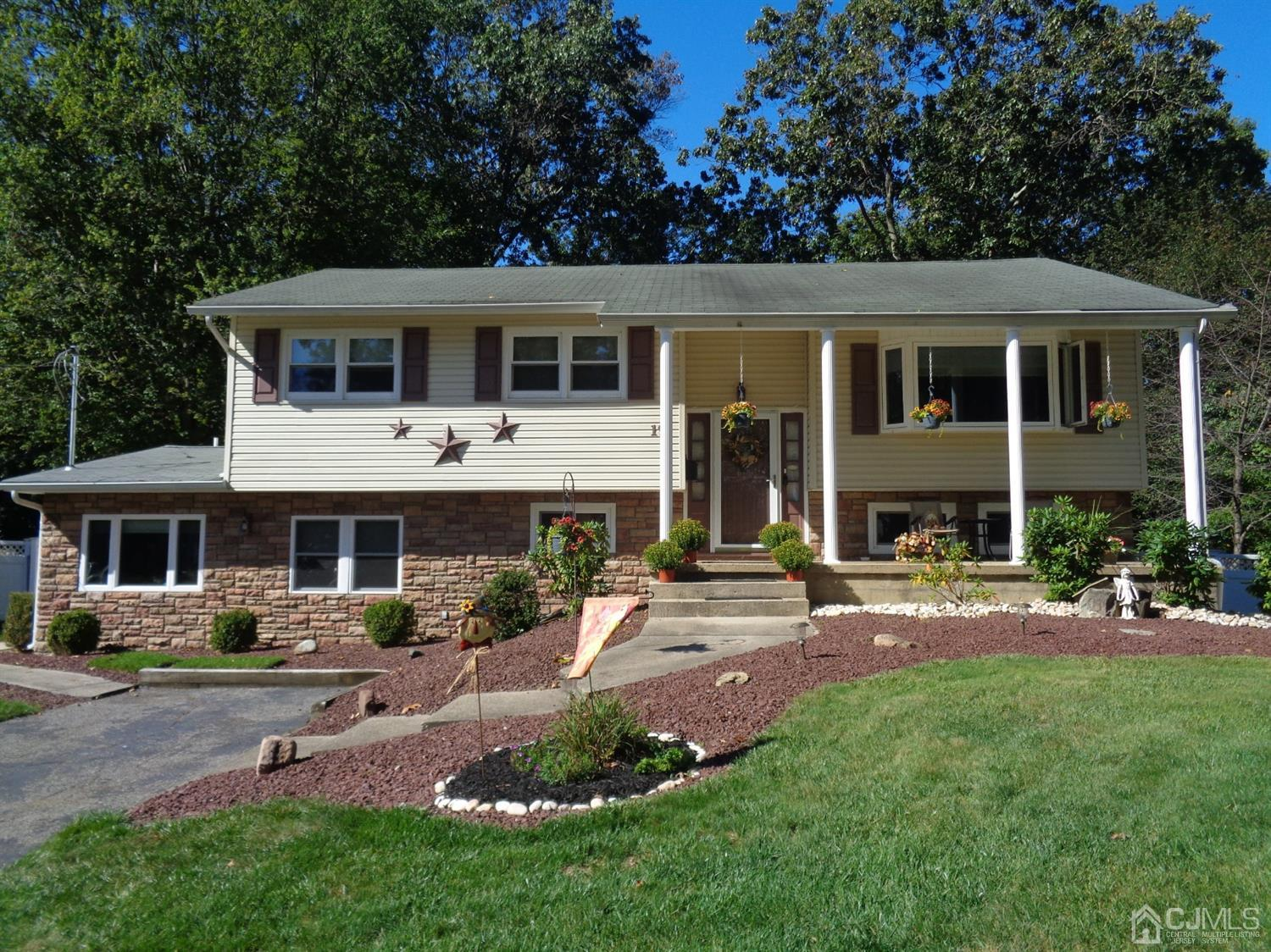 Property for sale at 19 Annapolis Drive, Manalapan,  New Jersey 07726