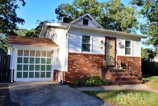 Single Family Homes vì Bán tại Spotswood, New Jersey 08884 Hoa Kỳ