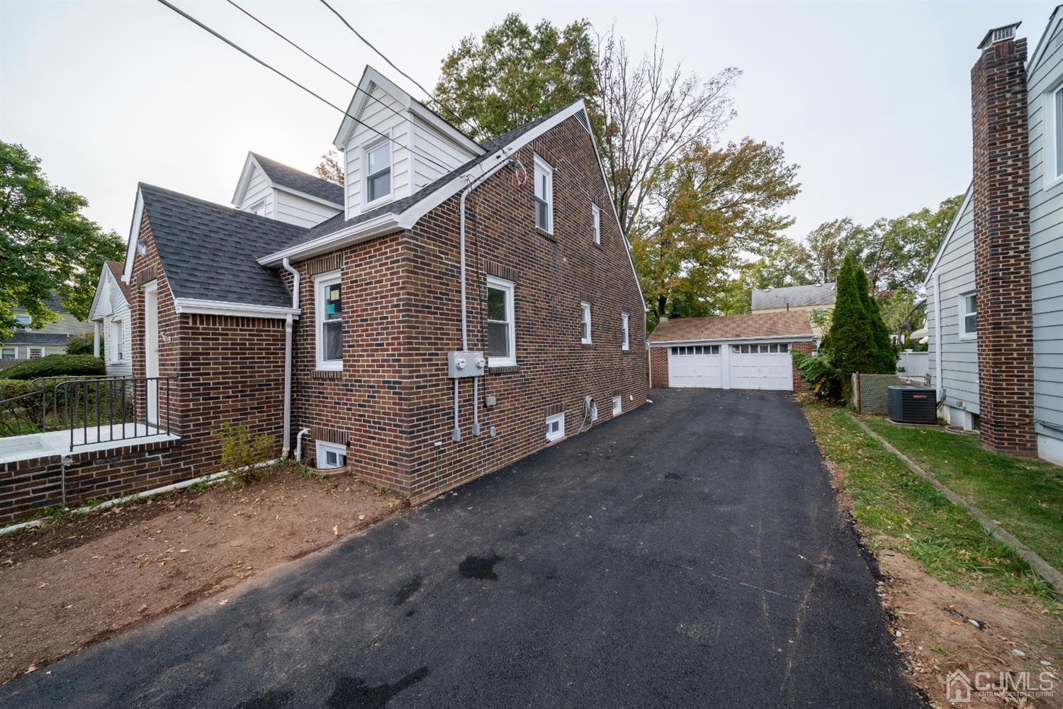 Residential Income للـ Sale في Carteret, New Jersey 07008 United States
