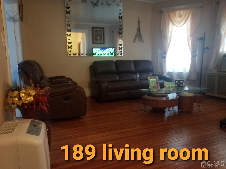 189 187 Kearny Avenue