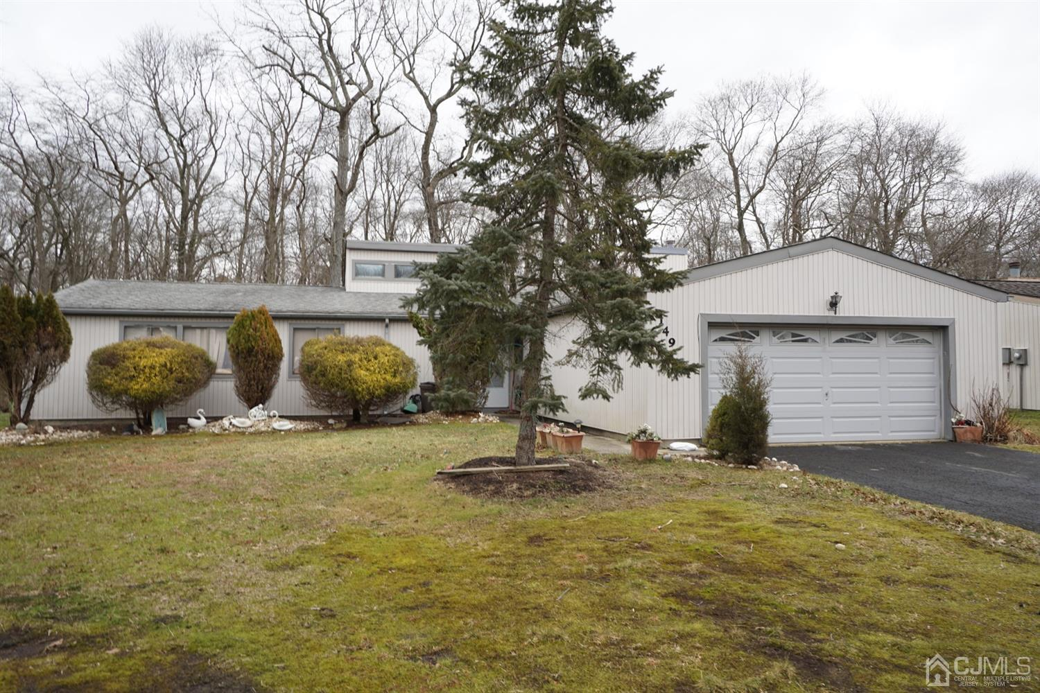 Property for sale at 149 Dawn Court, Old Bridge,  New Jersey 08857