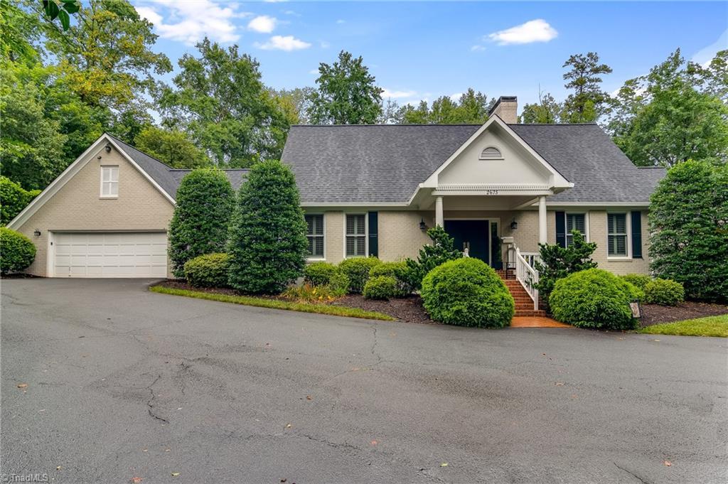 Property for sale at 2675 Forsyth Club Drive, Winston Salem,  North Carolina 27106