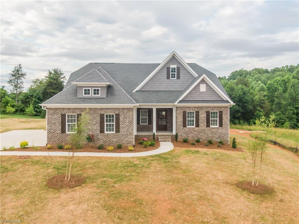 Property for sale at 1738 Ash Grove Lane, Clemmons,  North Carolina 27012