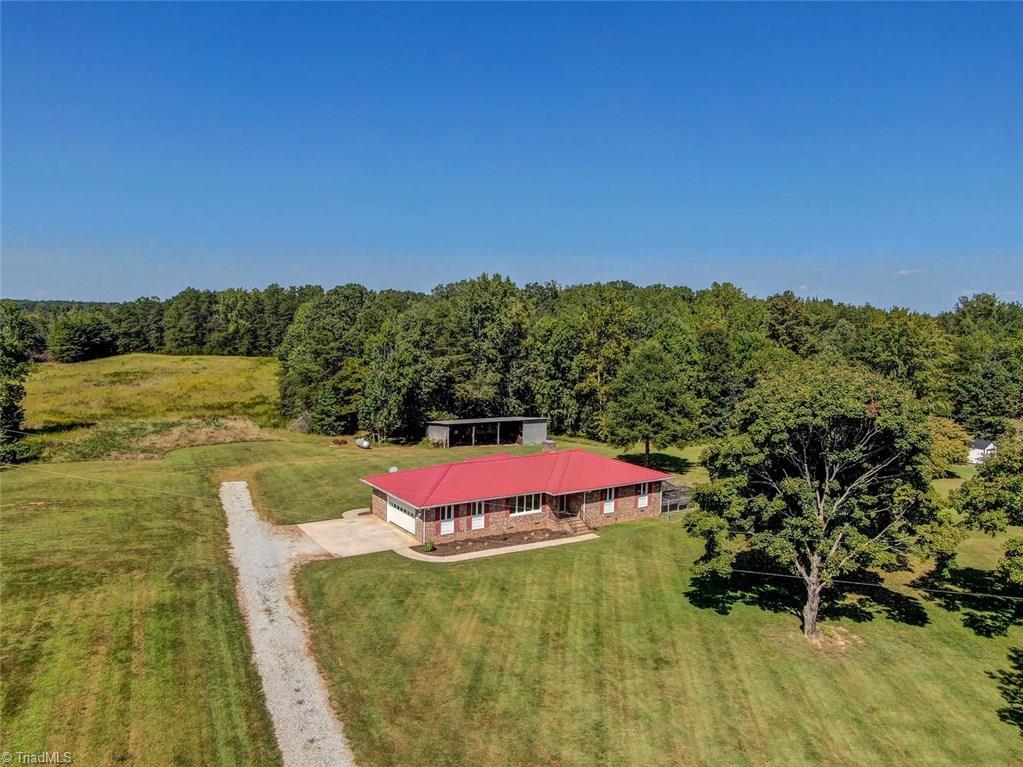 5544 Murphy Road, Summerfield, North Carolina 27358, 3 Bedrooms Bedrooms, 8 Rooms Rooms,Residential,For Sale Triad MLS,Murphy,960150
