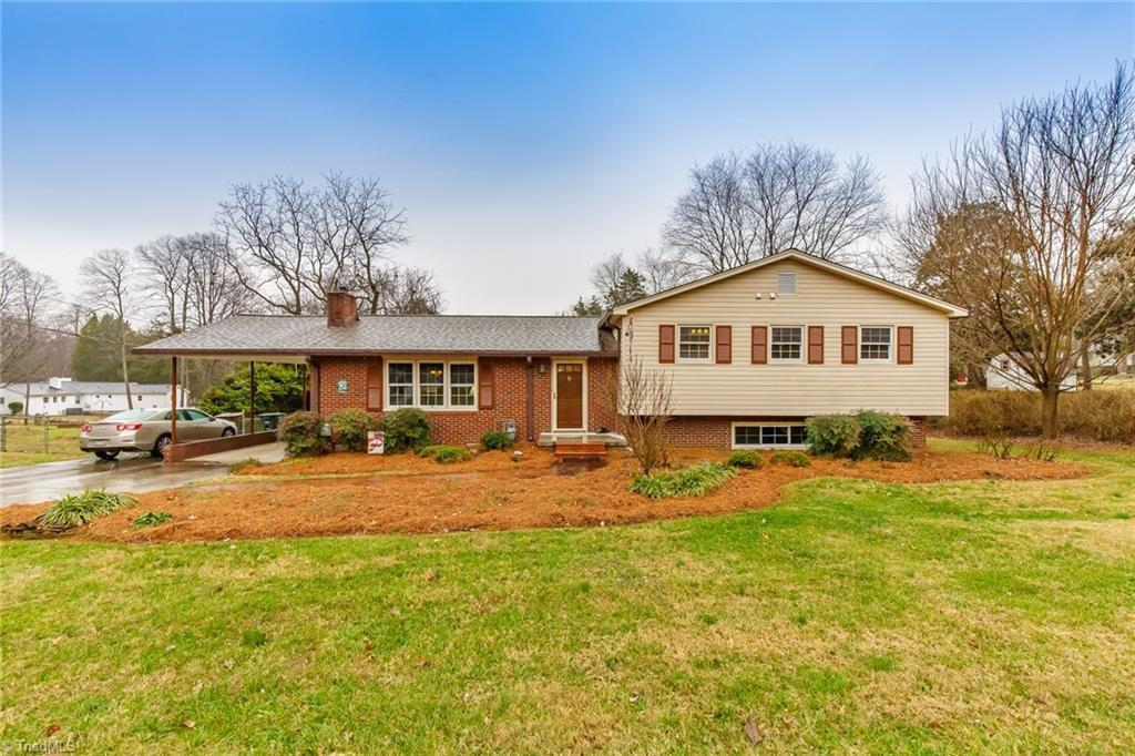 1502 Fleming Road, Greensboro, North Carolina 27410, 4 Bedrooms Bedrooms, ,Residential,For Sale Triad MLS,Fleming,961599