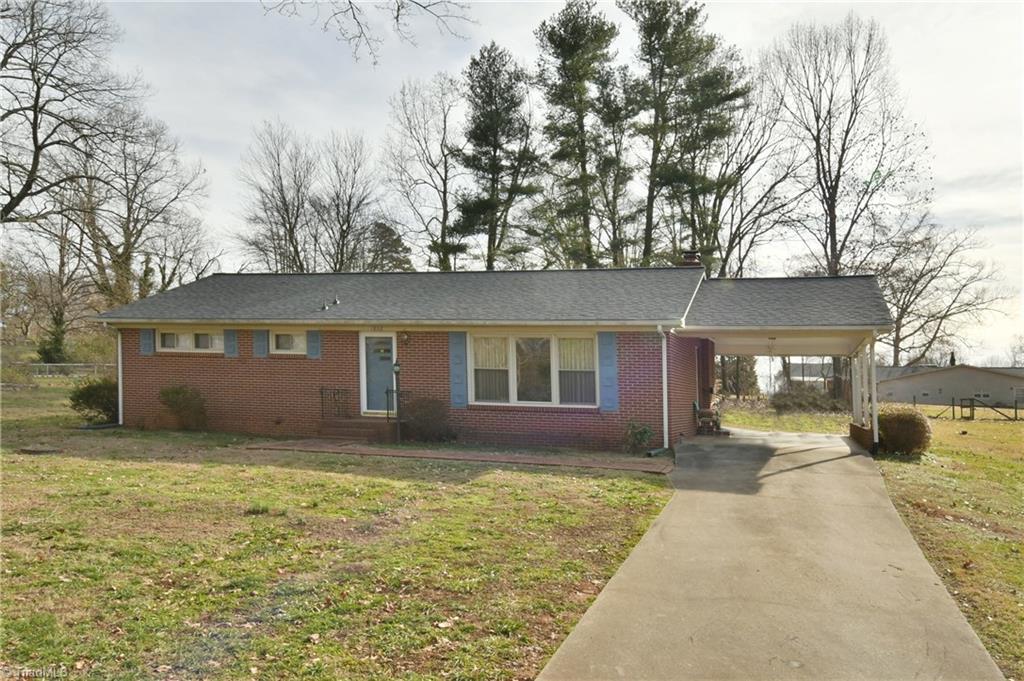 Property for sale at 1832 Fairview Boulevard, Winston Salem,  North Carolina 27127