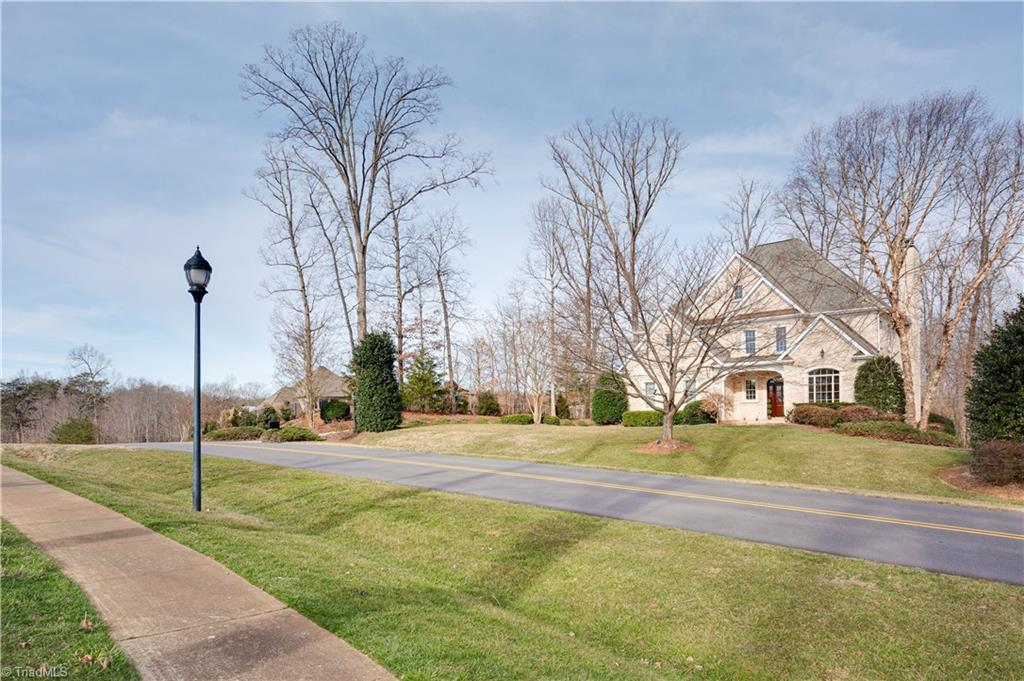 7517 Henson Forest Drive, Summerfield, North Carolina 27358, 4 Bedrooms Bedrooms, 15 Rooms Rooms,Residential,For Sale Triad MLS,Henson Forest,965478