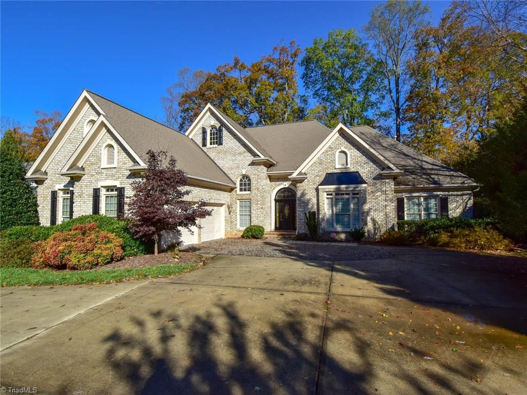 6 Lake Bluff Court, Greensboro, North Carolina 27410, 4 Bedrooms Bedrooms, 11 Rooms Rooms,Residential,For Sale Triad MLS,Lake Bluff,965832