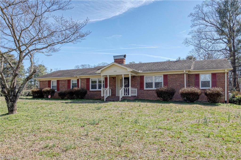 Property for sale at 1638 Turfwood Drive, Pfafftown,  North Carolina 27040