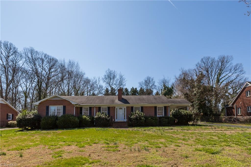 Property for sale at 3226 Nottingham Road, Winston Salem,  North Carolina 27104