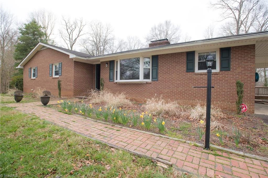 Property for sale at 4760 Bridle Path, Winston Salem,  North Carolina 27103