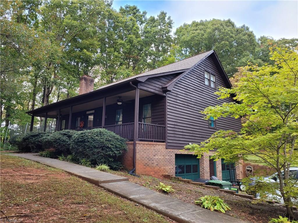 Country Home minutes from the city with tons of privacy. 3 bedroom 2.5 bath home with full basement. Open floorplan in living area with fireplace.  Large main floor master ( walk in closet and Master bath) Main floor laundry  Dining area overlooks patio and firepit. Upstairs is 2 additional large bedrooms that share a bath. Basement has 2 car garage. 5 year old heat pumps and 2020 septic pumped and new distribution box.