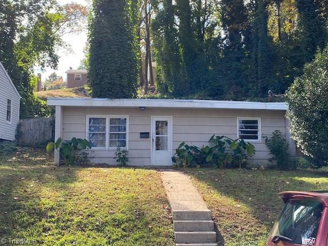 **Investors** Tenant occupied property rented for $600 (month to month) in Washington Park. Please do not drive by and disturb the tenants. POF and 24 notice required prior to showing.