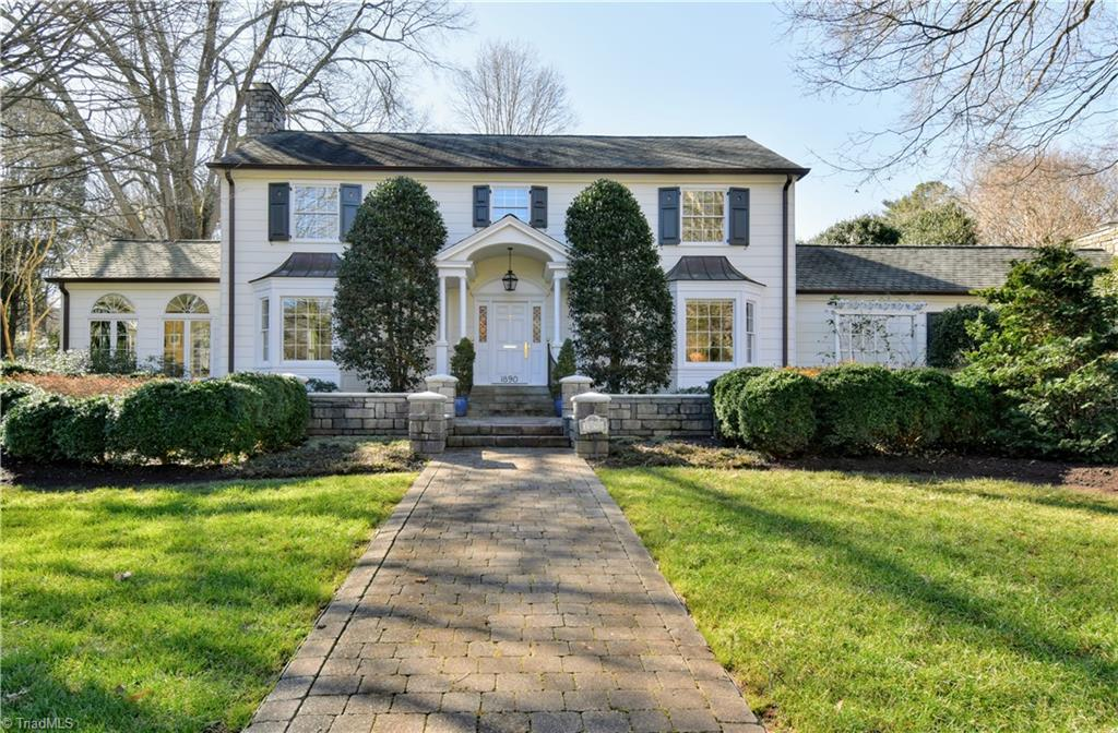 Masterful & timeless renovation of this classic beauty overlooking tranquil Runnymede Park! C. 1949 updated & reimagined for today's lifestyle with award winning white kitchen open to spacious family den with FP. Gracious LR, DR, Library highlighted by lovely moldings, fresh neutral paint & sparkling HW floors. Bright & airy Sunroom accented by Palladium windows. Updated baths with the finest materials! Spectacular 1.07 acre grounds with gardens, specimen trees & bushes & glorious patio for entertaining! STUNNING superlative value at $989,900!