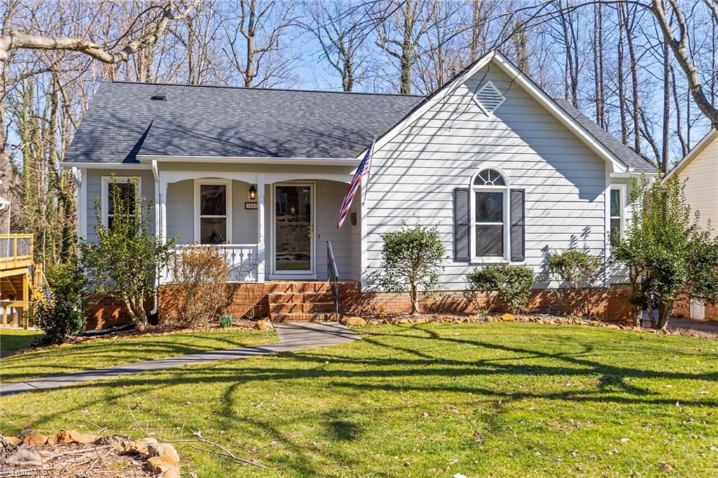 ARDMORE BEAUTY! Unbelievably Well maintained home. Just MOVE RIGHT IN! Custom Kitchen,Granite,Gas Range, Refridge.HVAC 16 Seer & furnace, Water Heater, Roof 2017.Many more upgrades. Check out the disclosures.YOU Must see this home. LET us WELCOME U HOME! Shoe covers hand sanitizer provided. Please use upon entering the home. Agent Review Agent Remarks!