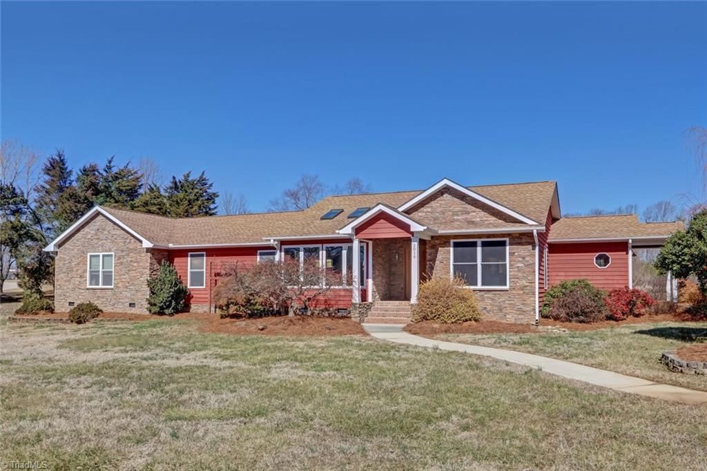 2016 Scalesville Road, Summerfield, North Carolina 27358, 3 Bedrooms Bedrooms, 12 Rooms Rooms,Residential,For Sale Triad MLS,Scalesville,1013359