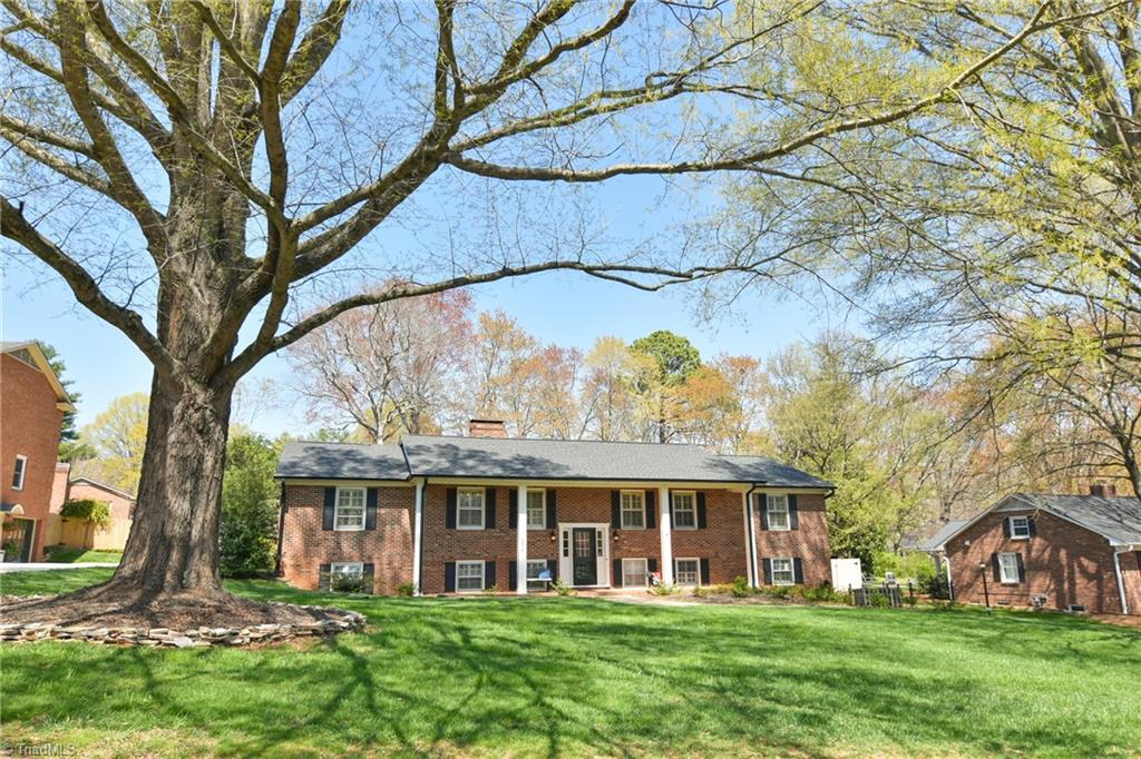 Well done in the heart of Old Sherwood! Spacious, warm and inviting. Recent kitchen updates include granite counters, gas range and wall oven. Kitchen has a great layout for entertaining or cooking with loved ones. 3 updated bathrooms including the generous primary suite with en suite walk in shower and double vanity. Basement playroom has gas logs fireplace and a wet bar. 4th BR or bonus room in basement. Backyard oasis has a beautiful salt water pool with new liner, Trex sun deck and some new concrete to expand pool area. Bring the indoors out on the covered porch and enjoy 3 seasons outside. Recent roof, gutters & HVAC. Basement has BDry system, sump pump and radon mitigation. Unbeatable space for good times with friends and loved ones!