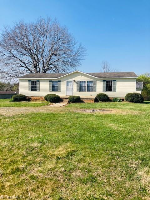 New everything in this home! Great location and over 1 acre lot not in the city limits.