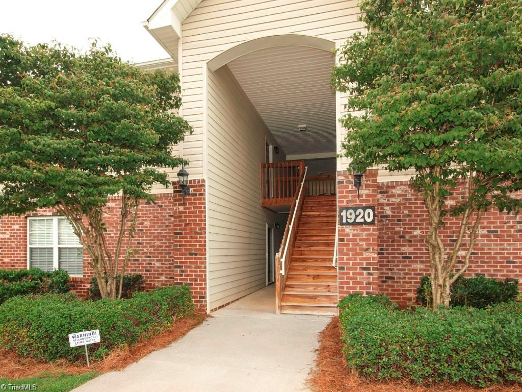 1920 Crest Hollow Drive, Winston Salem, North Carolina 27127, 1 Bedroom Bedrooms, 4 Rooms Rooms,Residential,For Sale Triad MLS,Crest Hollow,1019712