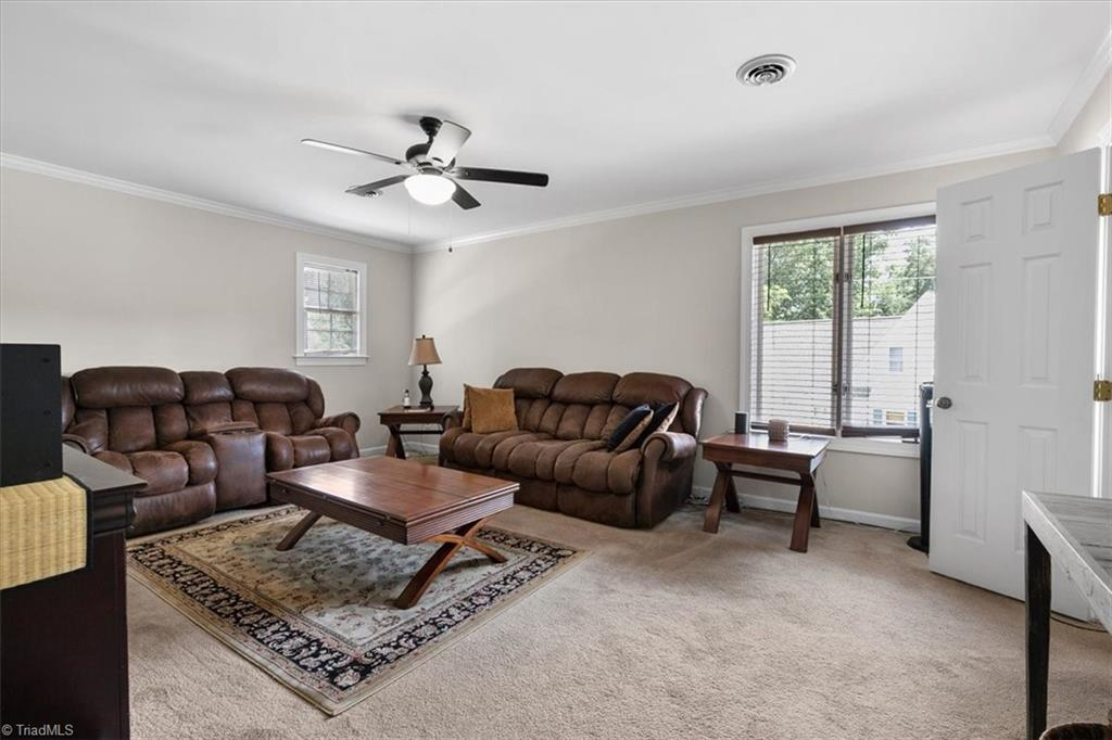 Thumbnail for property 1030785 - 31