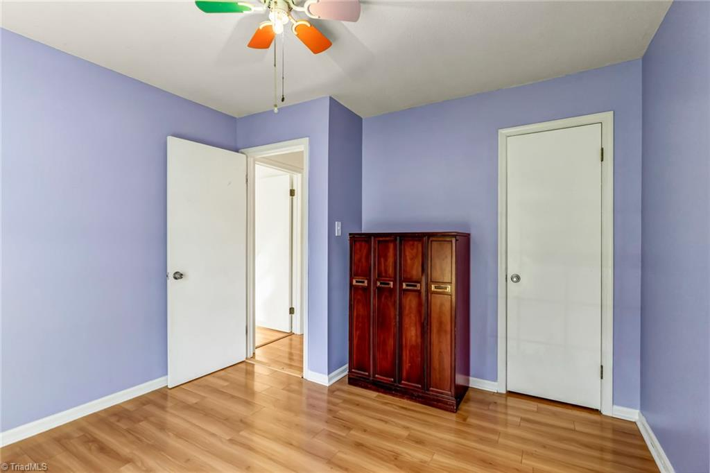 Thumbnail for property 1040733 - 26