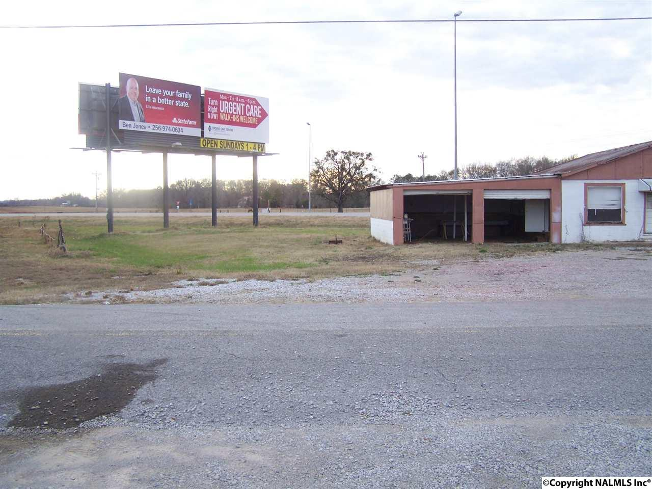 Photo of home for sale at 00 Hwy 157, Moulton AL