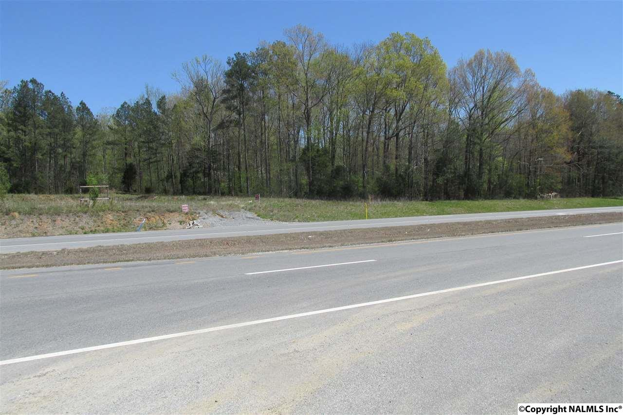 Photo of home for sale at Hwy 431, New Hope AL