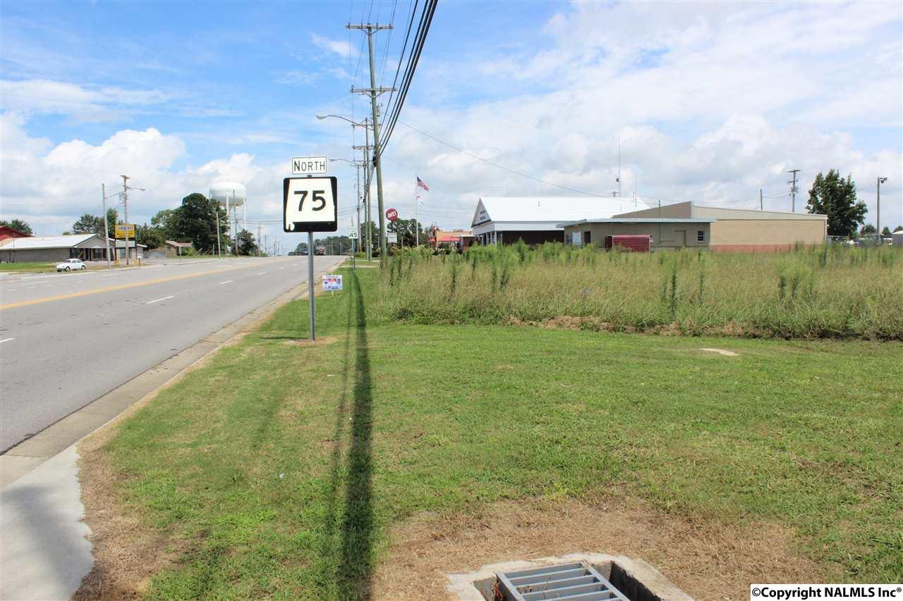 Photo of home for sale at 00 Alabama Hwy 75, Geraldine AL
