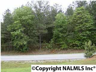 Photo of home for sale at 640 Mckee Road, Harvest AL