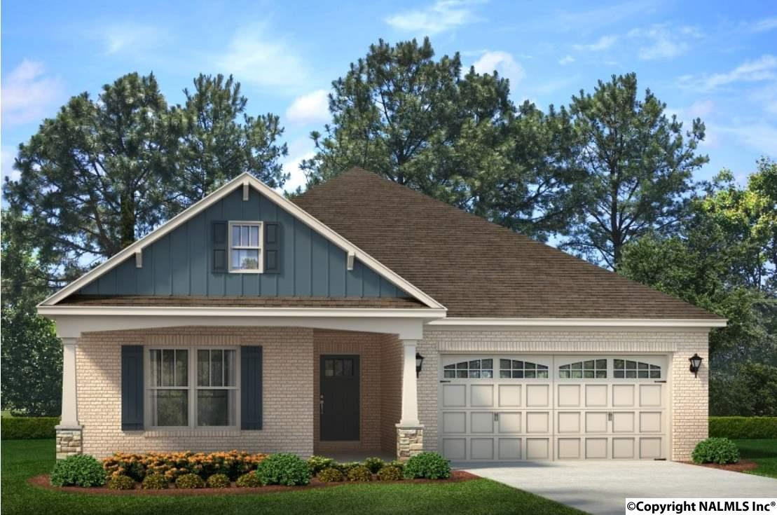 Photo of home for sale at 35 Burke Avenue, Madison AL