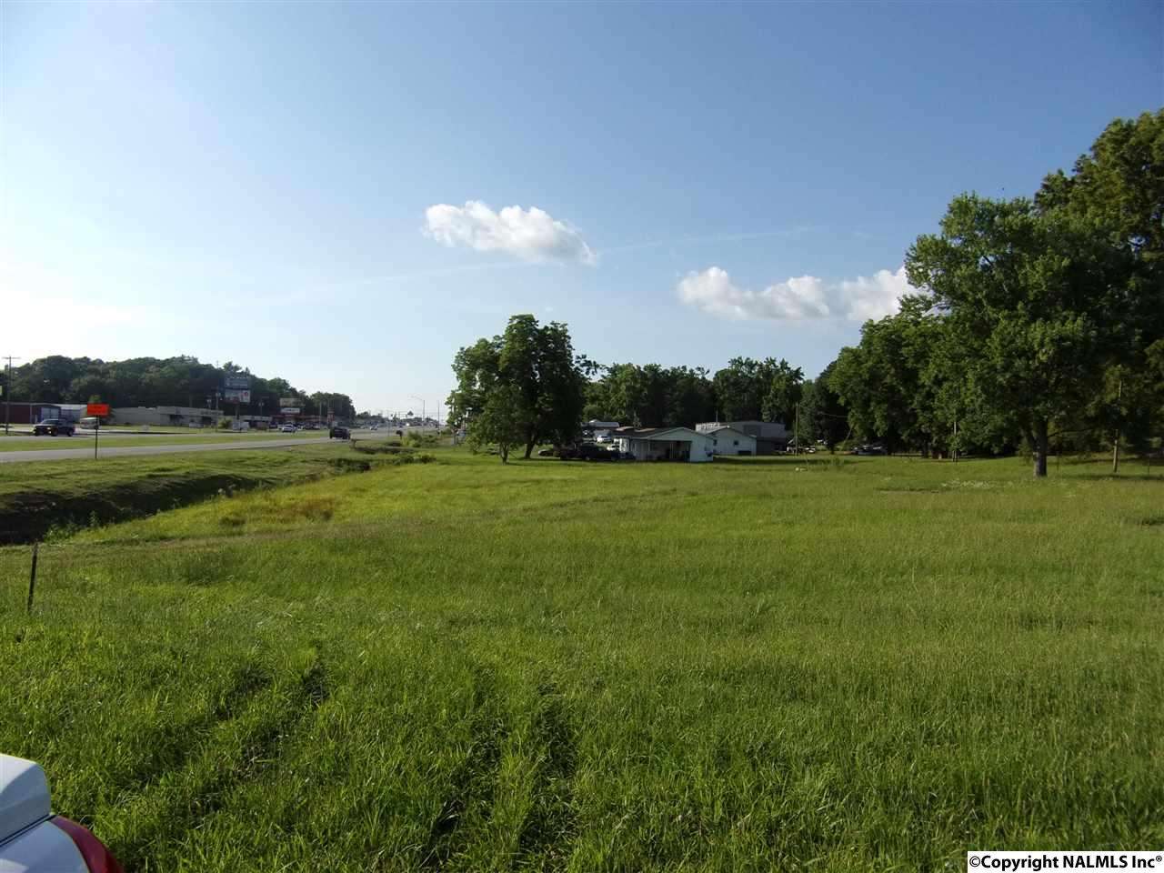 Photo of home for sale at 96 U S Hwy 431, Boaz AL