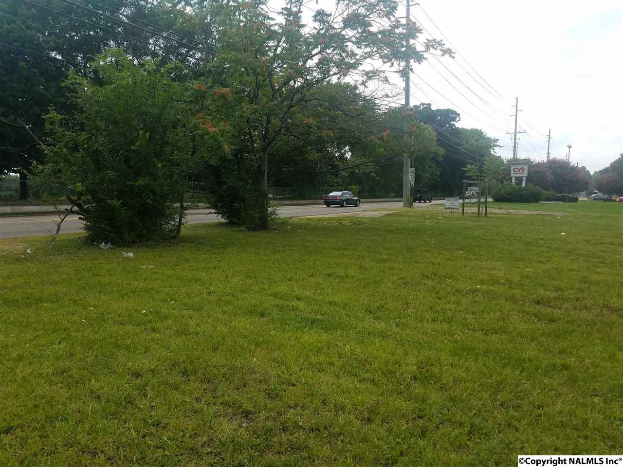 Photo of home for sale at 1926 Lot 6 Pulaski Pike, Huntsville AL